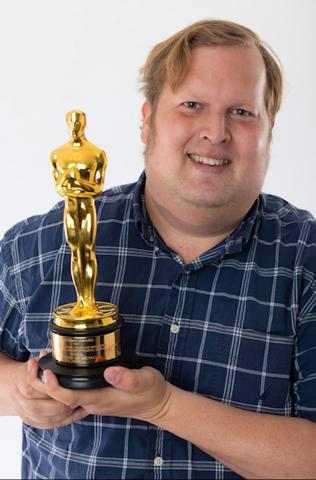 Phillip with his Academy Award® for Best Sound for the movie Sound of Metal, recorded with his Aaton CantarX-3